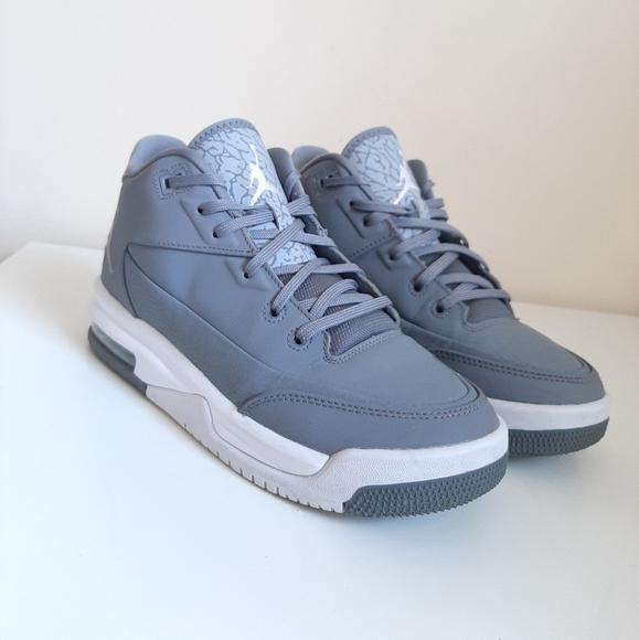 Jordan's Flight Mid-top Sneakers
